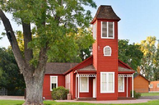 old-ballard-school-house